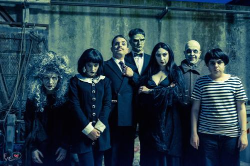Una strana famiglia 7 9